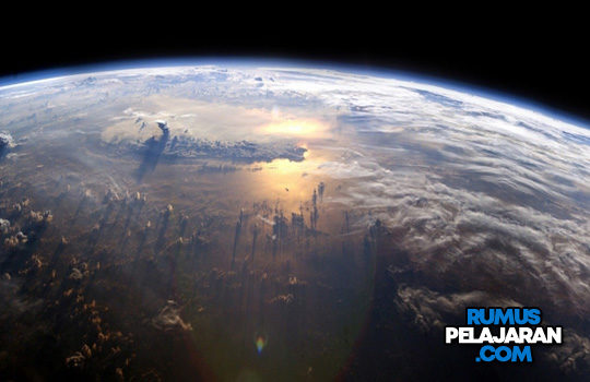 Pengertian Tata Surya Susunan Teori Sejarah Struktur Nama Planet Gambar